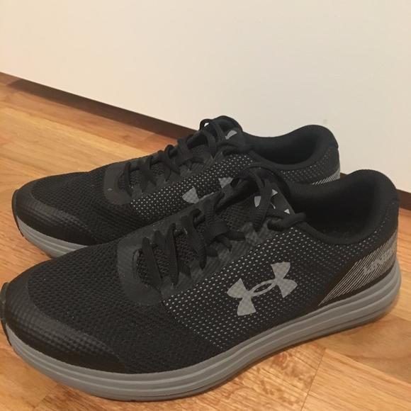Under Armour Womens Surge Running Shoe